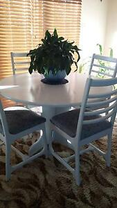 dining table Cardiff Lake Macquarie Area Preview