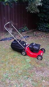 Rover 4 stroke 18' Aluminium Chassis Lawn Mower. Castle Hill The Hills District Preview