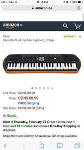 Casio SA-76  Electric Keyboard