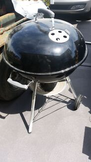 Weber  bbq Aberglasslyn Maitland Area Preview
