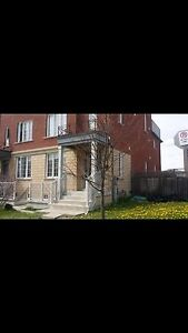 Furnished room for rent North York non smoking