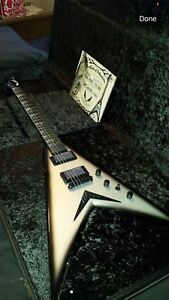 USA DAVE MUSTAINE BY DEAN CUSTOM SHOP