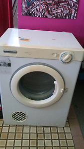Dryer for sale Karama Darwin City Preview