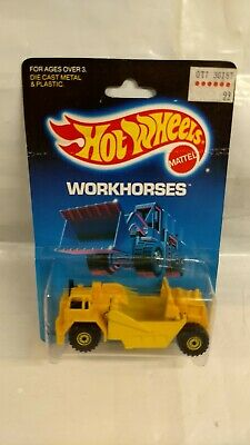 Hot Wheels - Workhorses - Earth Mover #16 - Package