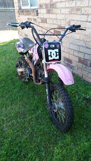 125 pitbike Bellbird Park Ipswich City Preview