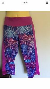 Girls -adidas -crop leggings - 11-12years- new Tylden Macedon Ranges Preview