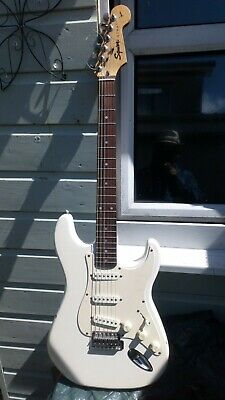 Squire Strat By Fender