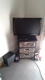 LED TV BUILT IN DVD & SURROUND SPEAKERS.