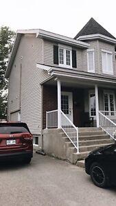 Maison à louer blainville, 5 chambres, à 2 minutes de la 15