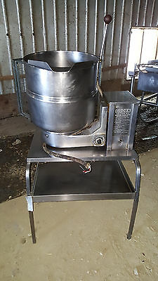 Groen Electric Tbd4-10 Gal. Stainless Steel Jacketed Tilting Steam Soup Kettle