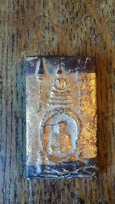 ANTIQUE / VINTAGE BUDDHIST CLAY / GOLD SHRINE FIGURE AMULET
