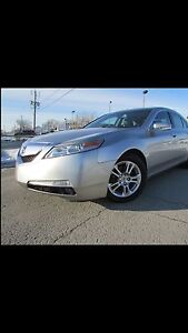 Acura TL AWD with technology package very low mileage