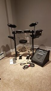 Yamaha Drums with Roland Amp