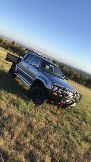 1999 SR5 TOYOTA HILUX IN IMACULATE CONDITION