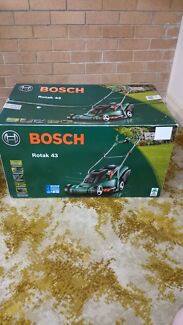 BOSCH ELECTRIC LAWN MOWER Taree Greater Taree Area Preview