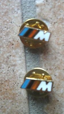 2 Stück Pin  Anstecker  für BMW M  goldfarben (3018)