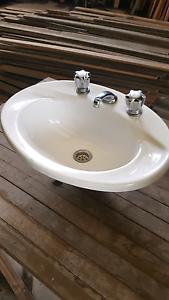 Bathroom hand basin Edgeworth Lake Macquarie Area Preview