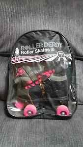 Girls Size 2 Roller skates Port Noarlunga Morphett Vale Area Preview