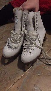 Size 4 skates