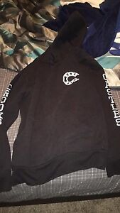 Black and white crooks and castles pullover