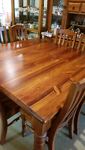 Dining table Nowra Nowra-Bomaderry Preview