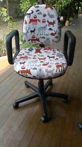 Cute office roller chair