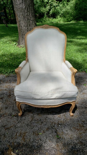 French Country upholstered armchair Meyer Gunther Martini GLENVIEW IL pickupONLY