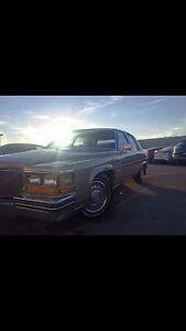 1982 Cadillac Fleetwood Brougham 6 Passenger !
