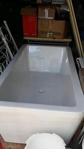 Designer Bath Tub Rooty Hill Blacktown Area Preview