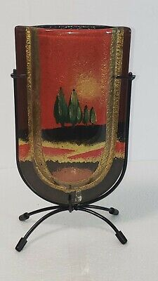 """Red 9"""" Jasmine Art Glass Table Vase V . Used . Good condition"""