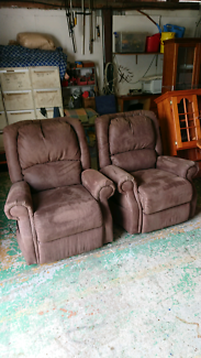 2 x  Electric recliner and tilt out lounge chairs