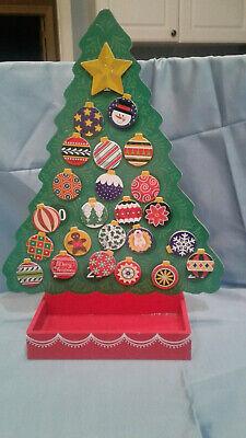 Melissa & Doug Countdown to Christmas - Wooden Advent Calendar