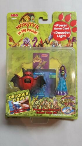 Monster+in+my+Pocket+-+Gen+2+2006+-+Figure+and+decoder+light+-+Mint+on+Card