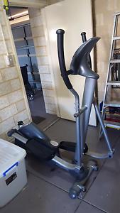 Tread mill cross trainer Ellenbrook Swan Area Preview