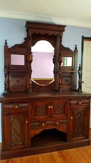 Victorian Mahogany Sideboard.
