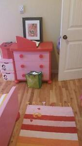 Looking for little girl bedroom set