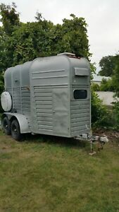 1967 Rice Horse Trailer with front off load