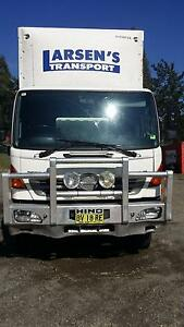 Hino GH 2009 14 pallet taut curtain. Tailgate and airbag. CHEAP Singleton Singleton Area Preview