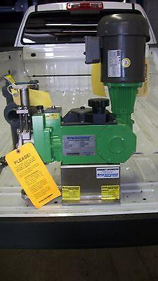 Pulsafeeder Diaphragm Metering Pump Model 25hj With Motor 1.45 Gph - New