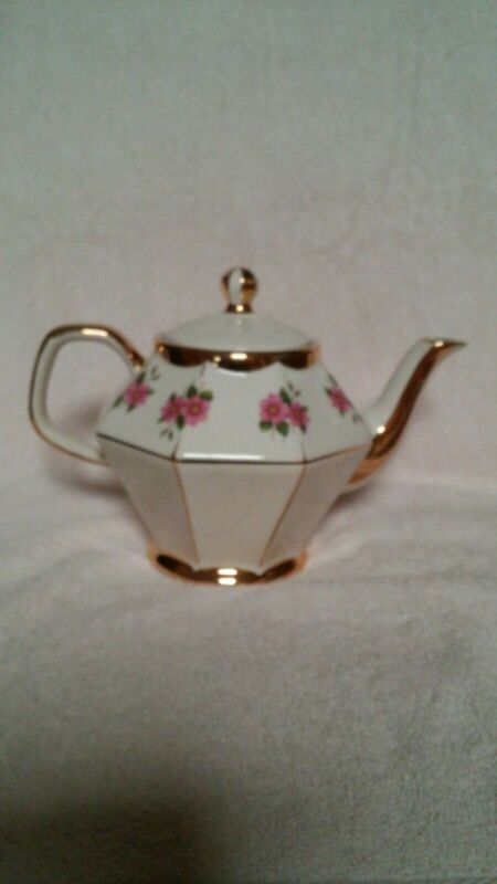 Teapot Gibsons Staffordshire England pink flowers with gold trim, vintage