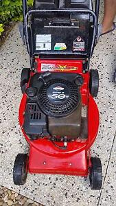 11 x 4 stroke lawn mower all with catchers alot late model Mount Cotton Redland Area Preview