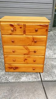 Chest of drawer wood made. Free delivery  Kingsford Eastern Suburbs Preview