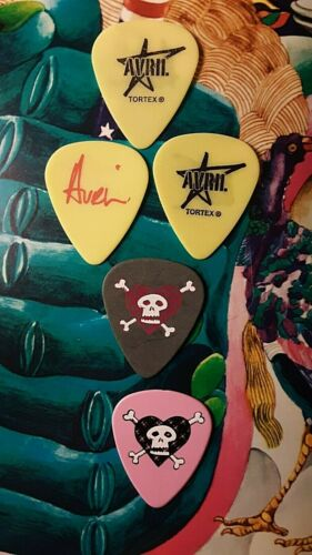 AVRIL LAVIGNE 5-guitar pick 2008 The Best Damn Thing tour ASSORTMENT