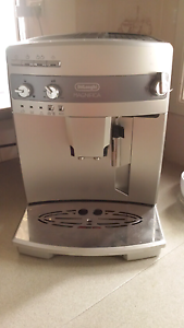 DELONGHI cappuccino machine Blue Haven Wyong Area Preview