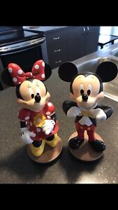 Mickey & Minnie mouse collectibles