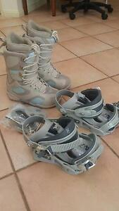 Womens SZ US 7 Snow Board Boots + Bindings Bayview Darwin City Preview