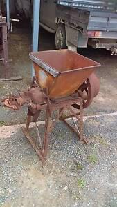 Antique chaff cutter Temora Temora Area Preview