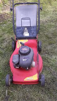 Briggs and Stratton lawn mower Silverwater Auburn Area Preview