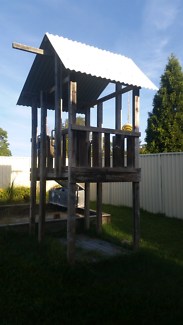 Kids Fort / 2 story Cubby house