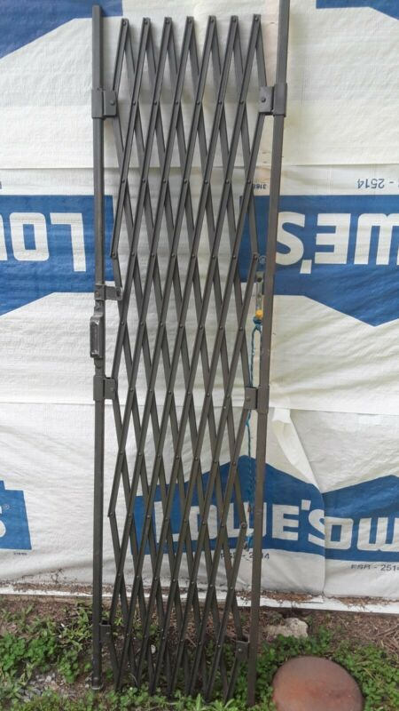 Vintage Industrial Folding Scissor Gate Loft ARCHITECTURAL SALVAGE HEAVY DUTY